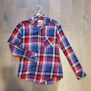 Tna aritzia boyfriend flannel plaid shirt